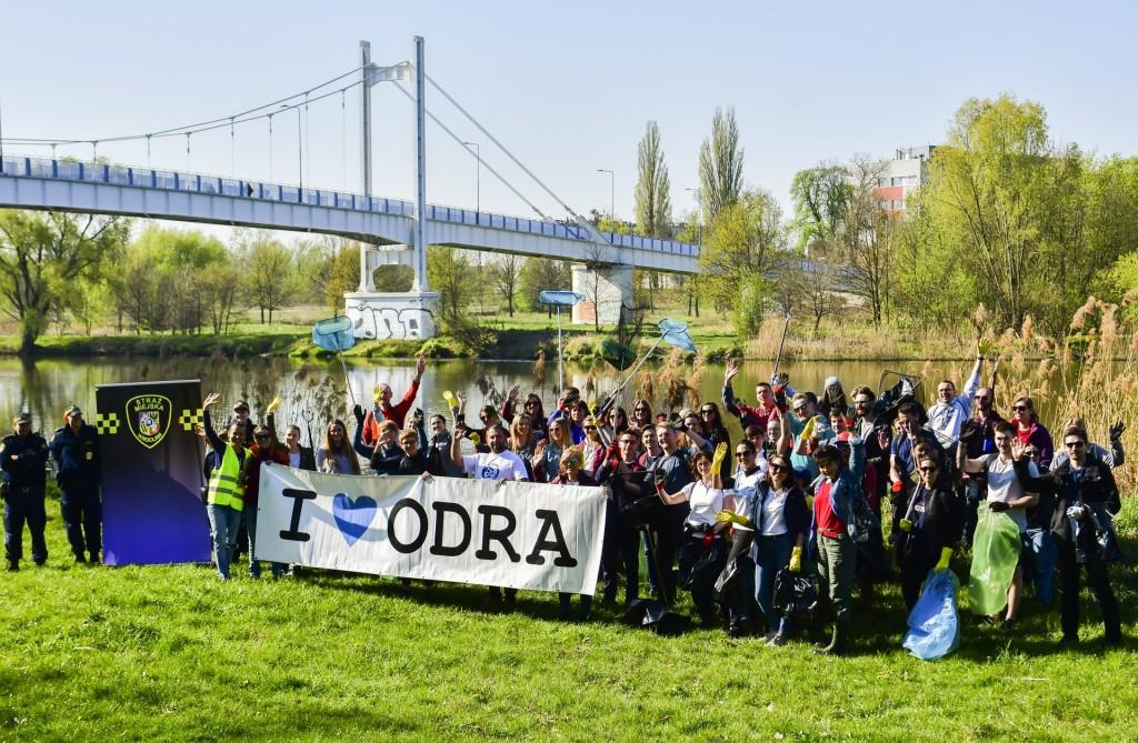 Sprzątamy Rzeki Wrocławia - Fundacja OnWater.pl - Wiosna 2019
